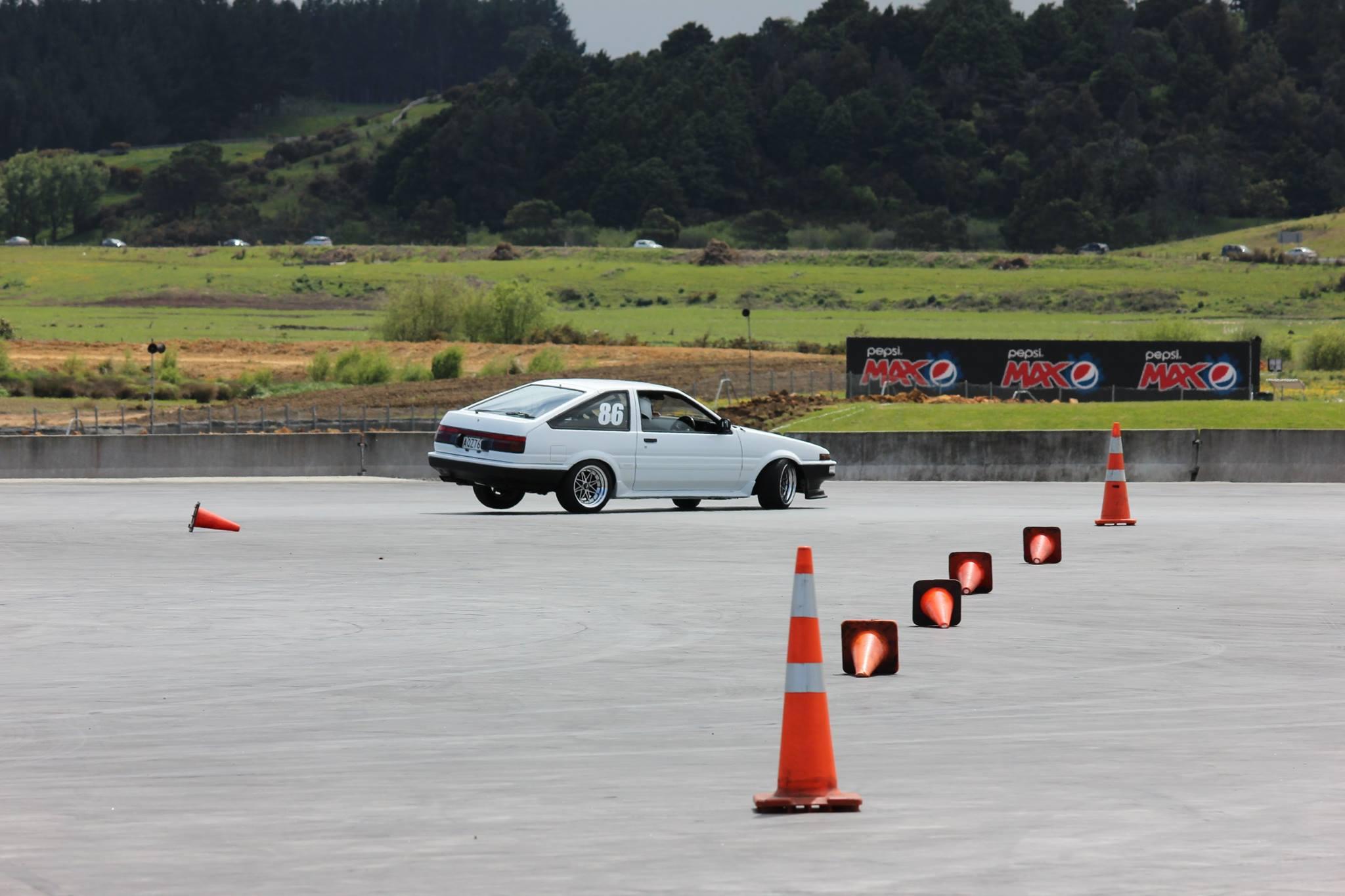 Car Club Inc: Hampton Downs Autocross • Sports Car Club Of New Zealand Inc